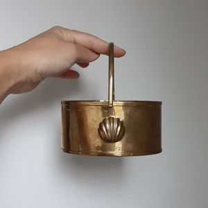 Vintage brass container with shell stamp